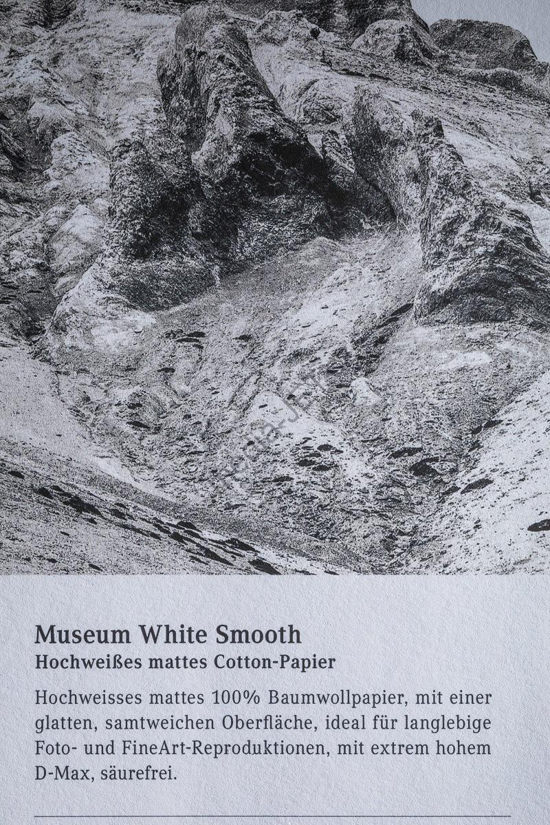 mediaJET Museum White Smooth